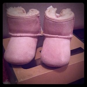 Baby pink uggs size 1(0-6months)